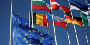 union-europeenne-bruxelles-ue-drapeau